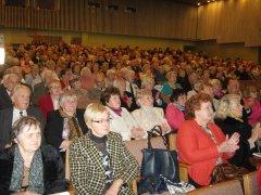 Ukmergės rajono senjorams – gėlės, padėkos ir muzika