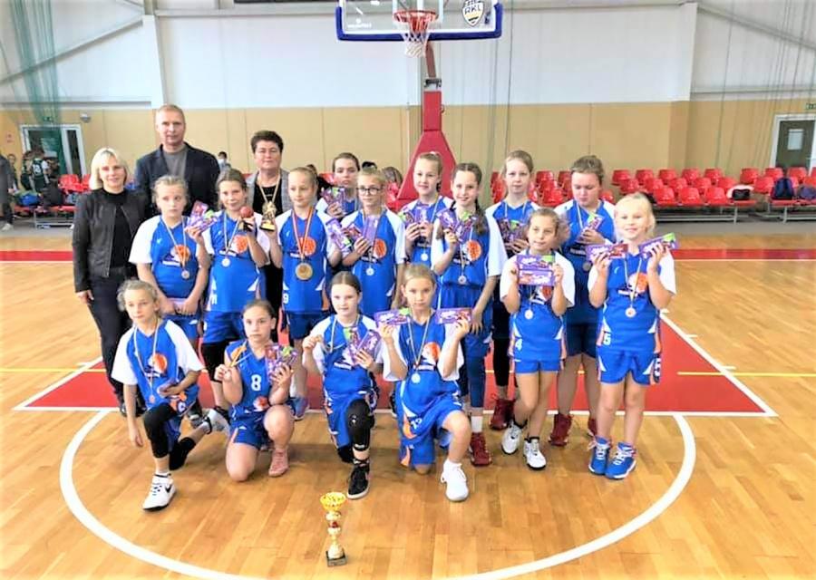 Draugiškas mergaičių krepšinio turnyras