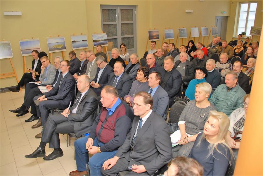 Gedimino Nemunaičio nuotr. Nuotr. 1. Susitikimas vyko Ukmergės kraštotyros muziejaus salėje.