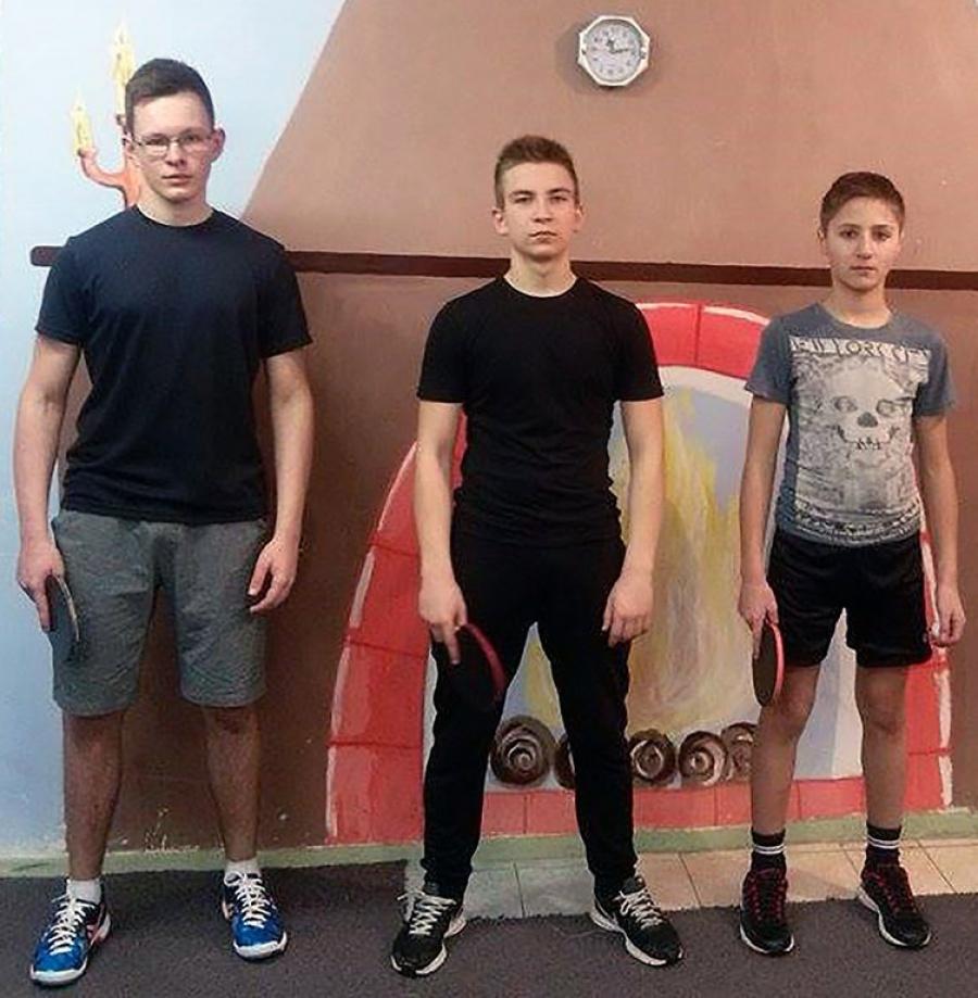 Jono Basanavičiaus gimnazijos komanda.