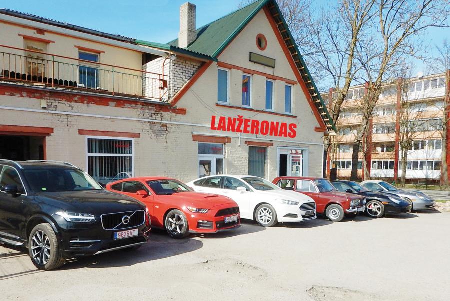 V. Kudirkos g. 4 įsikūrusiame autoservise atliekami visi automobilių aptarnavimo bei remonto darbai.