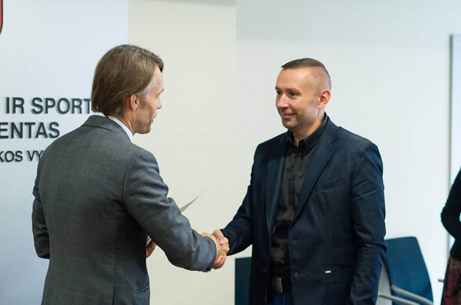 Vadimo Zelevo treniruojami sportininkai yra pasiekę aukščiausių apdovanojimų.