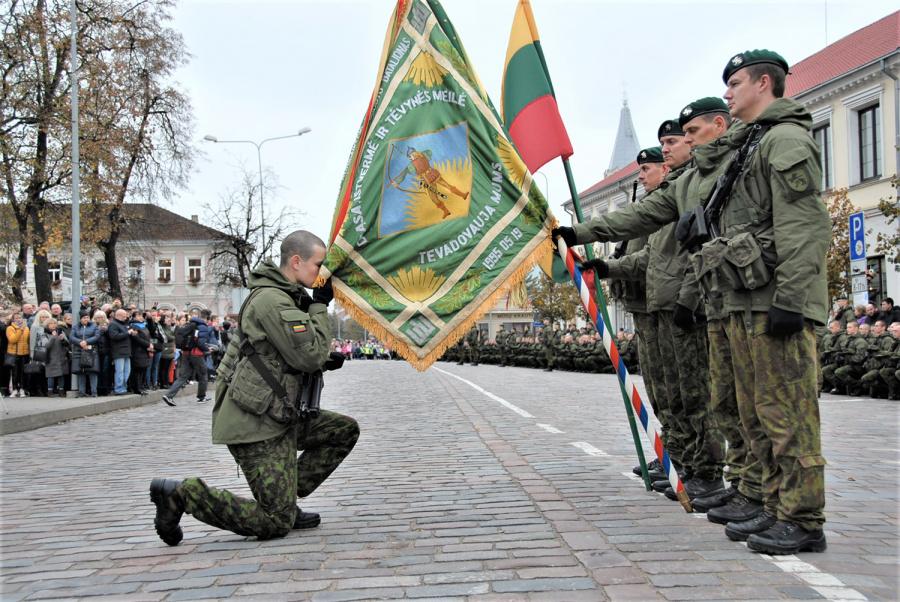 Tėvynei Lietuvos kariai prisiekė Ukmergėje .Gedimino Nemunaičio nuotr.
