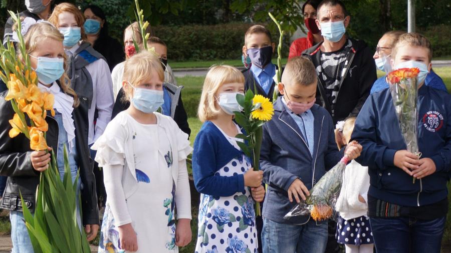 Veprių mokykla-daugiafunkcis centras naujus mokslo metus pradeda su 18 mokytojų bei daugiau nei 100 moksleivių.