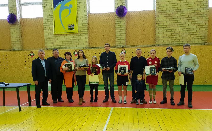 Apdovanoti geriausi Vidiškių sportininkai