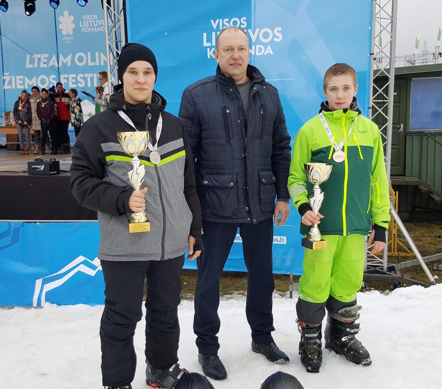 Žiemos sporto šventėje sėkmingai dalyvavo Taujėnų gimnazijos mokiniai