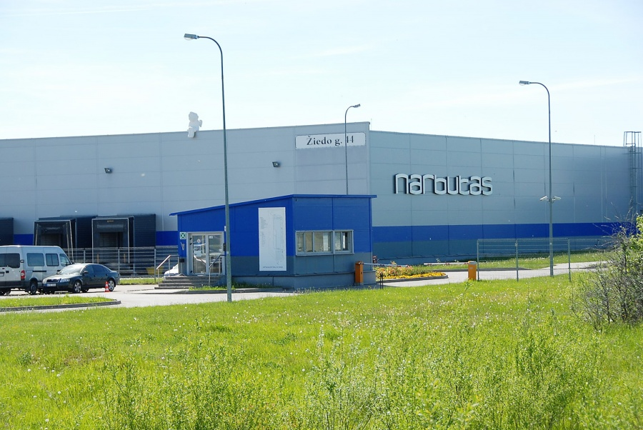 Biuro baldų gamykla Ukmergėje veikia nuo 2008-ųjų. Gedimino Nemunaičio nuotr.