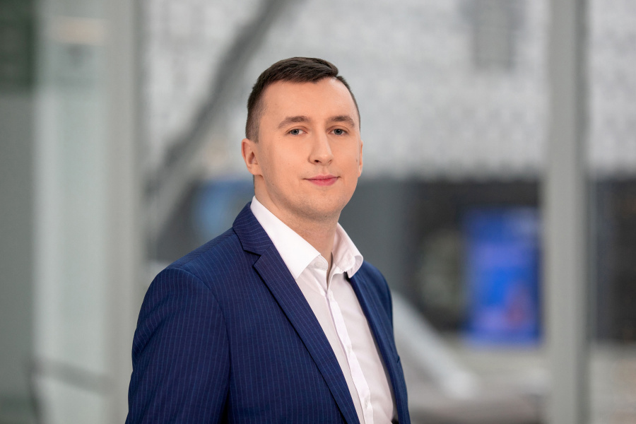 Elektros rinkos barometras: Lietuvoje ir Latvijoje elektra nežymiai pigo, Estijoje – brango