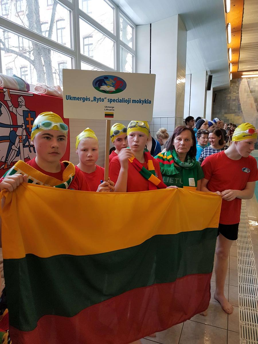 Ukmergiškių pergalės tarptautinėse plaukimo varžybose