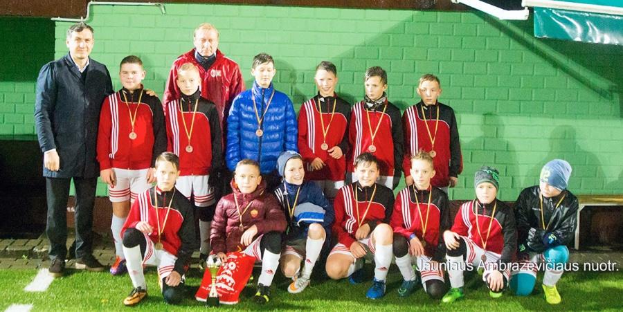 Vyko debiutinis taurės turnyras 2005 ir 2006 m. gimusiems vaikams.