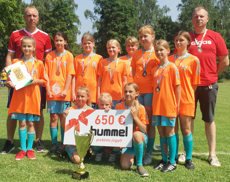 Klaipėdoje sužaistos Lietuvos mergaičių (gim. 2009 m.) čempionato II rato rungtynės.