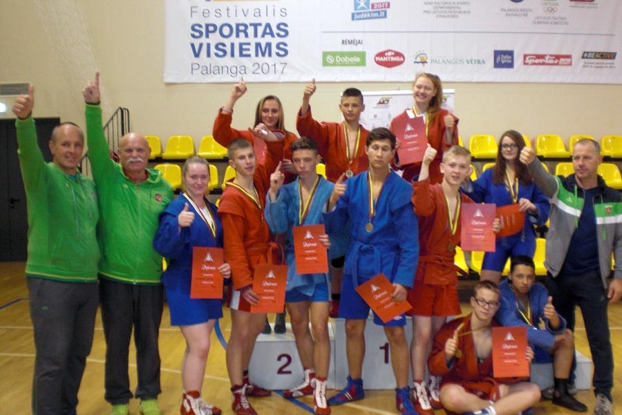 11 ukmergiškių grįžo su medaliais!