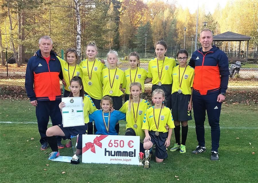 Pasipuošė Lietuvos čempionato sidabro medaliais